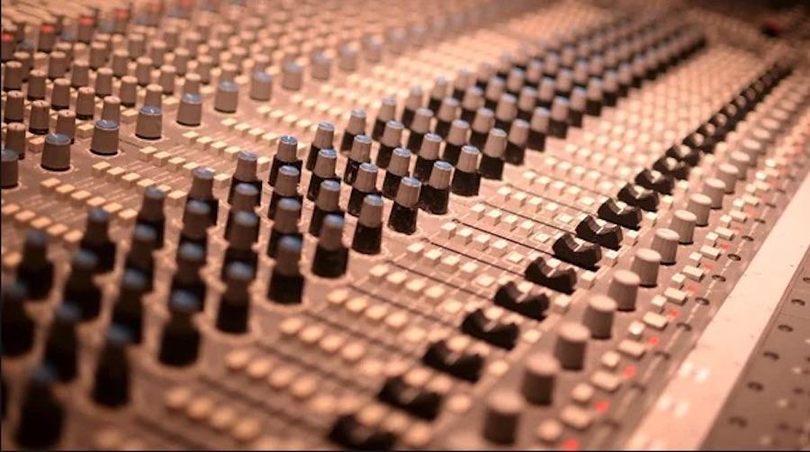 ¿Qué te ofrezco exactamente como productor musical?